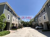 Photo Townhouse in FL Wilton Manors