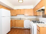 Photo Oakley Square Apartments - Three...