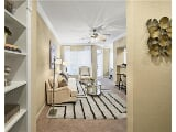 Photo 2 bedrooms Apartment in Houston. Single Car...