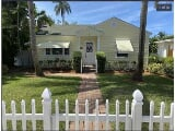 Photo West Palm Beach Housing For Rent @ $2,495