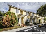 Photo Townhouse in FL Miami 9211 -st Place