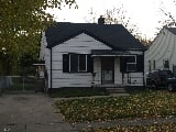 Photo 2 Bedroom Home for Rent at 612 Markle Ave,...