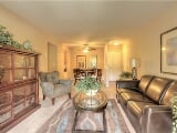 Photo 865 sq. ft - South Lyon - Apartment - come and...