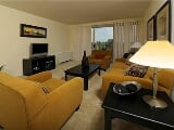 Photo Attractive 1 bed, 1 bath