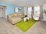 Photo Oak Grove Apartments & Townhomes 1 Bedroom...