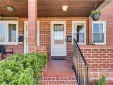 Photo Beautiful Townhome Near Canton Baltimore!